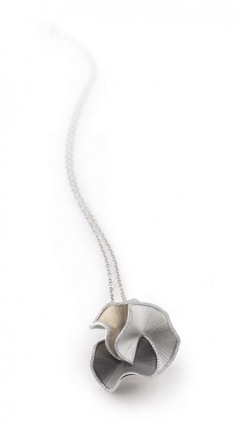 Annamaria Cammilli Halskette Sultana in dreifarbigem Gold mit Diamanten GPE1673T | UHREN01