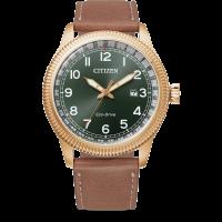 Citizen Eco-Drive Sports Herren Uhr Quartz Zifferblatt grün mit Rosegold Lünette & Lederarmband BM7483-15X | UHREN01